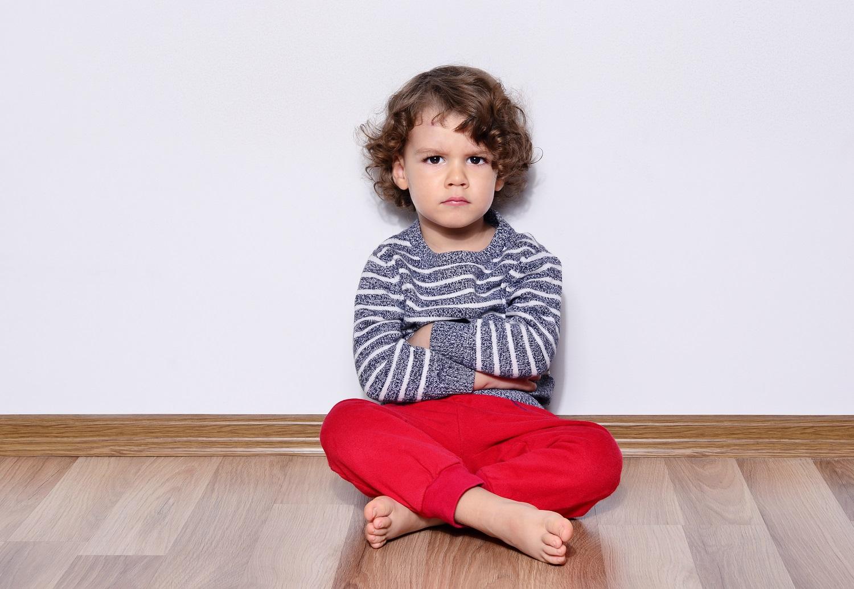 Twoje dziecko złości się, kiedy nie chcesz mu czegoś dać? Oto, co powinieneś zrobić