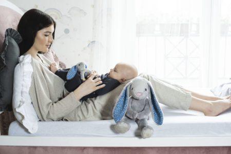 Home office z dzieckiem – jak sobie poradzić? Przydatne akcesoria, które ułatwią pracę przy maluszku!