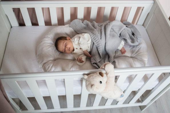 Co na problemy ze snem u niemowlaka w dzień?