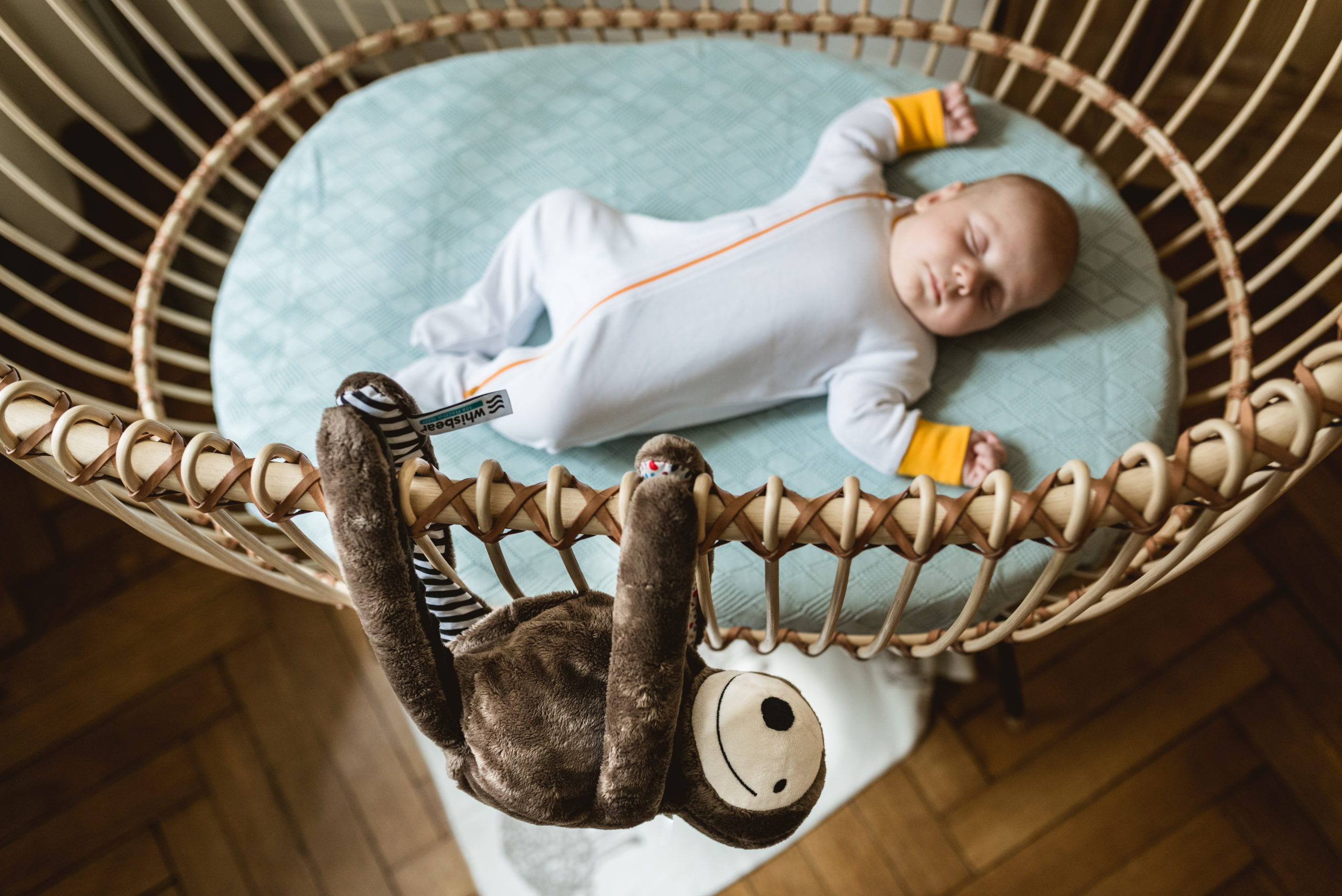 Dlaczego 8-miesięczne dziecko budzi się w nocy z płaczem?