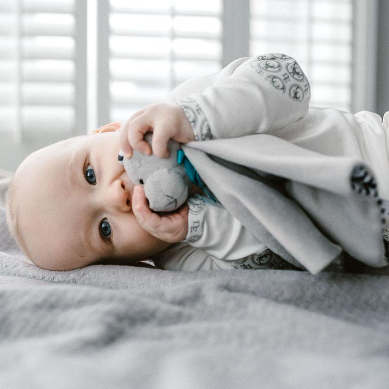 Wzrok u maluszka - co widzi a czego nie tuż po urodzeniu